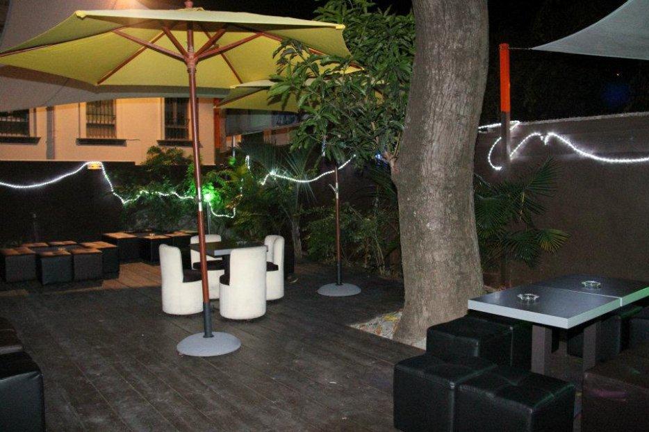 discotheque karaokè menza kfè
