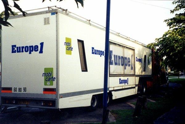 En 2000... Europe 1 partait  en vacances avec Pinder