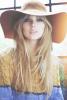 Taylor-Selena-1D