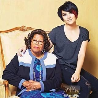 Les deux femmes les plus importantes pour Michael :)