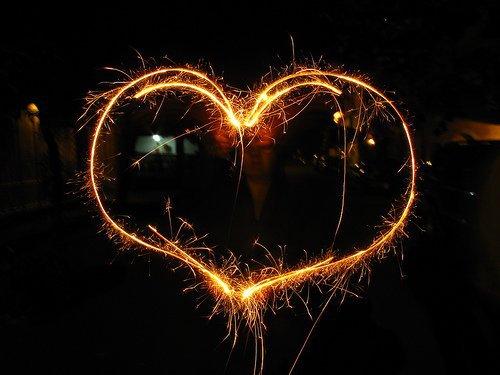 L'amour ne voit pas avec les yeux, mais avec l'âme.