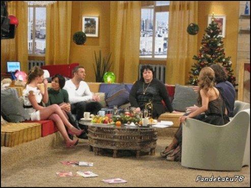 """Julia Volkova - Emisson """" Cosmopolitan """" - Moscou - Russie - 09/12/2010, mais elle est invité au show télévise qui sera diffusé le 25 décémbre à 11h30"""