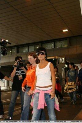 t.A.T.u - Aeroport - Tokyo - JAPON -  15/08/2006, sont arrivées au aéroport