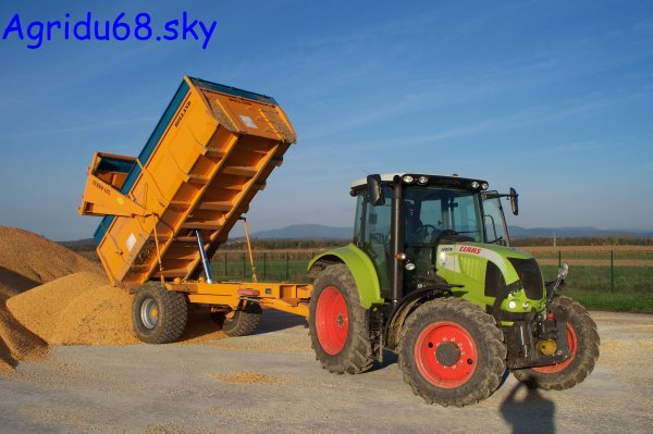 CLAAS Arion 510 + benne ROLLAND TURBO 105 de 10,5 tonnes (26.10.10)