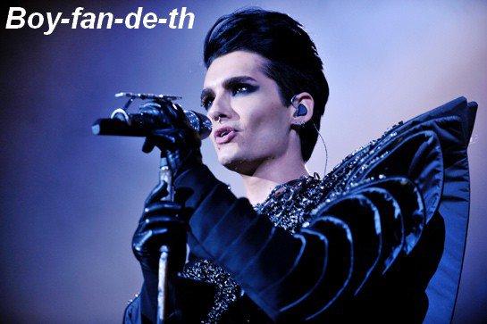 """Le """"Best Of"""" de Tokio Hotel, maintenant Disponible en version Standarde Allemande ou Anglaise et en version Deluxe Limitée !!"""