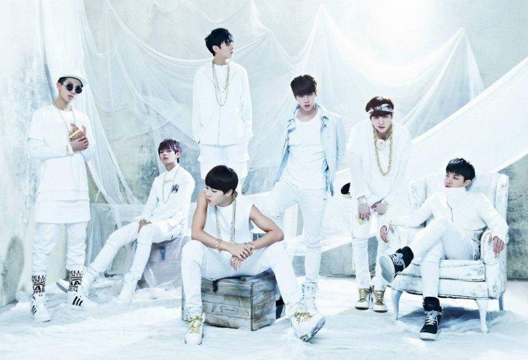 """Les BTS offrent un medley des pistes de """"O! RUL8,2?"""""""