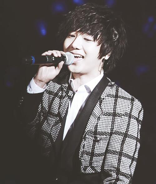 HAPPY BIRTHDAY Yesung