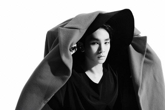 """SHINee annonce son retour avec des photos teaser pour """"Everybody"""""""