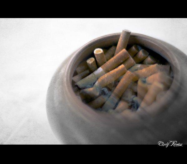 SMOKE - CIGARETTES