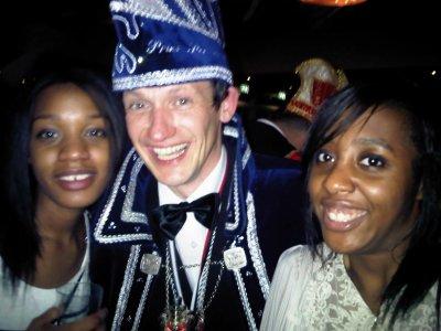 Le dernier scoop: Carnaval 2011! Nomination du Prince, surprise à te remonter l'estomac eeett.. et ba voilà..