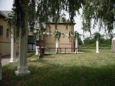 decor exterieur avec les colonnes