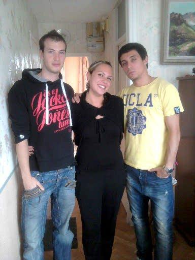 A mon petit frère et mon cousin adoré