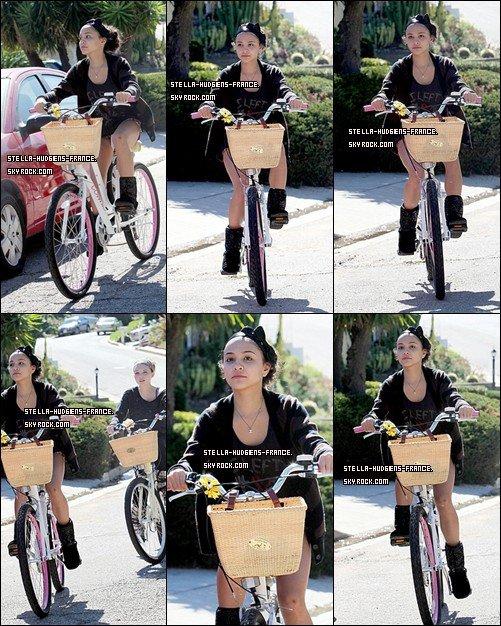 . 08/10/11- Stella a été vue avec Sammi fesant du vélo dans Studio City  .
