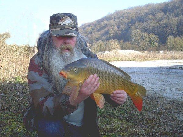 10.3.14 Première pêche 2014 pour notre amie Beatles et.. premier poisson !!!!