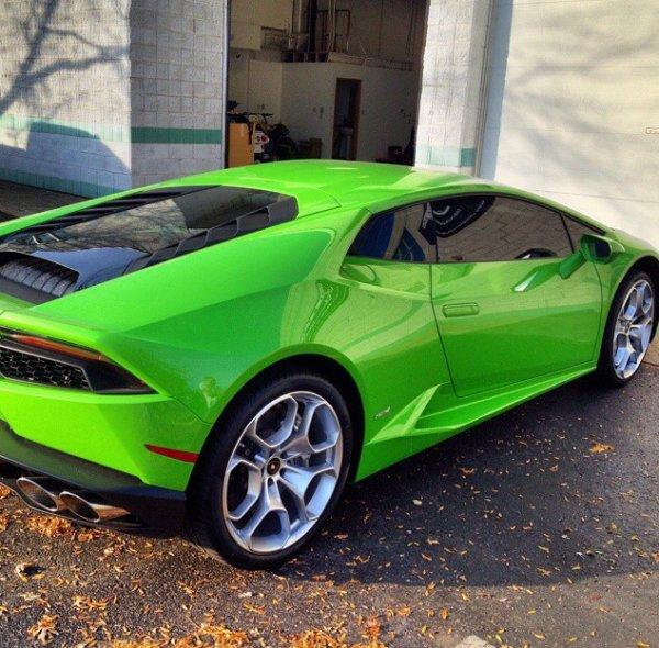 Lamborghini vues de derrière