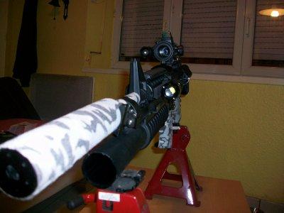voila, je rajoute le viseur point rouge pour combat a 10m