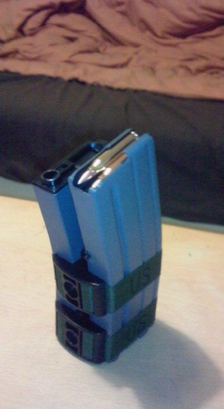 sa y'est j'ai mon nouveau chargeur m4 electrique 1000bbs :d:d:d