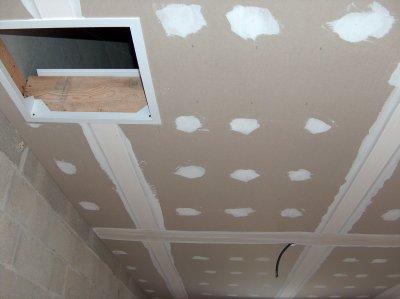 Pose des bandes de placo plafond garage notre maison - Poser des bandes placo ...