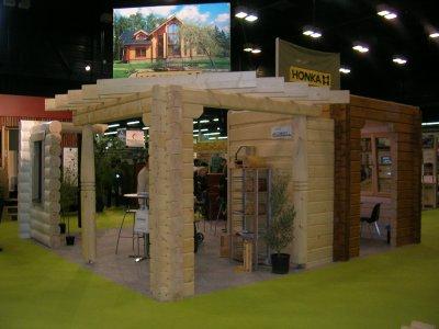visite du salon du bois a angers stand honka la cabane en bois. Black Bedroom Furniture Sets. Home Design Ideas