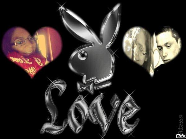 Toi et Moi 1an de bonheur 1an d'amour nous 2 c'est un couple sacrée je t'aime mon chéri (l)