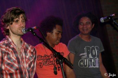 23.04.11 : Suarez - Wolfrock Festival - Sivry (B) >> En vidéos ...