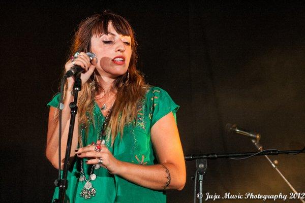 19.08.12 Brussels Summer Festival 2012 (Be) : Anouk Ayata, Clare Louise et Claire Denamur.