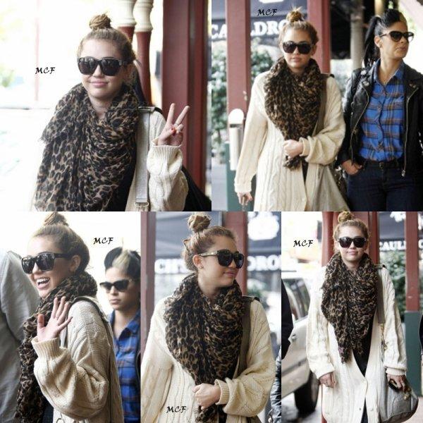 Miley va déjeuner à Perth !!!