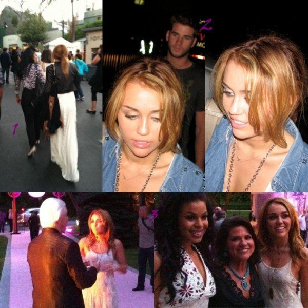 Miley au concert de Dolly Parton !!!
