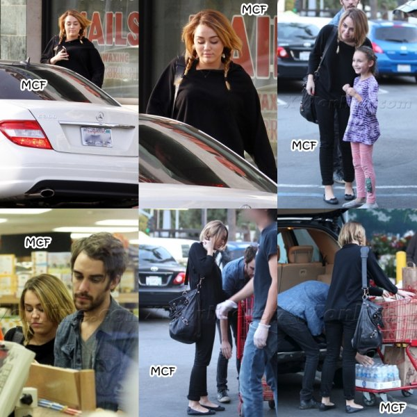 Miley est allée faire ses courses comme à son habitude chez Trader Joe's hier (9 novembre) avec Cheyne Thomas. Pour les nombreuses personnes qui me posent la questions, la raison pour laquelle on ne voit plus le beau Liam avec Miley en ce moment est qu'il est actuellement sur le tournage de son prochain film « The Expendables 2″ en Bulgarie !!!