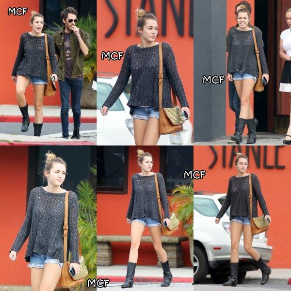 Miley va déjeuner chez Stanley's !!!
