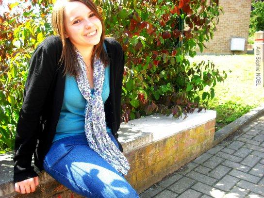 J'aime pas cette photo; Mais on m'a dit que mon sourire y était beau.. ('.') :D