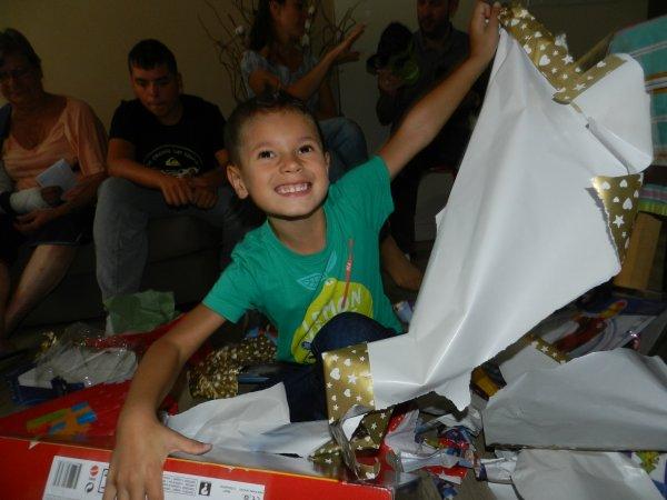 Mon frère à 5 ans .....
