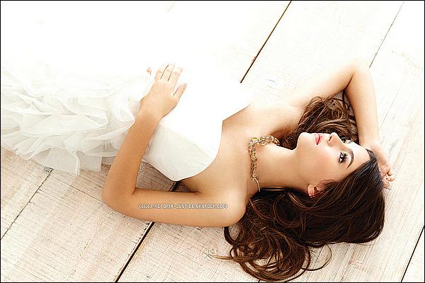 Photoshoot de Victoria pour le Magazine Savvy. Votre avis ? Coup c½ur pour le shoot .