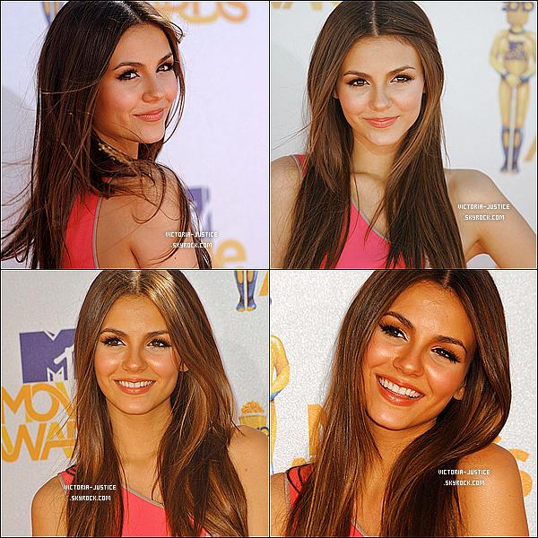 06/06/10   Victoria était au MTV Movie Awards 2010. Découvrez quelques photos d'elle sur le tapis rouge. J'aime vraiment sa coupe  et son make up pour moi c'est un top même si j'ai pas eu un coup coeur pour la robe !