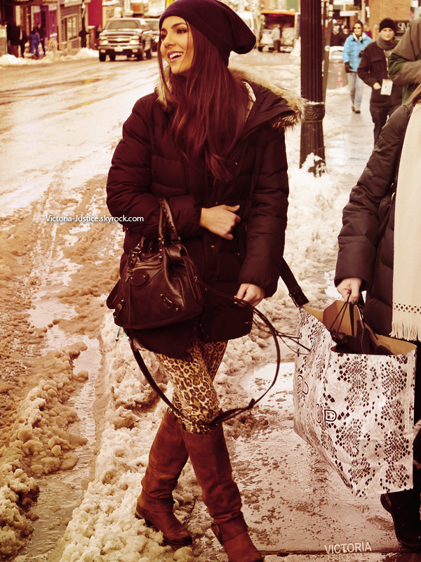 Victoria se promenait pendant le Sundance Festival à Main Street ce 22 Janvier 2012