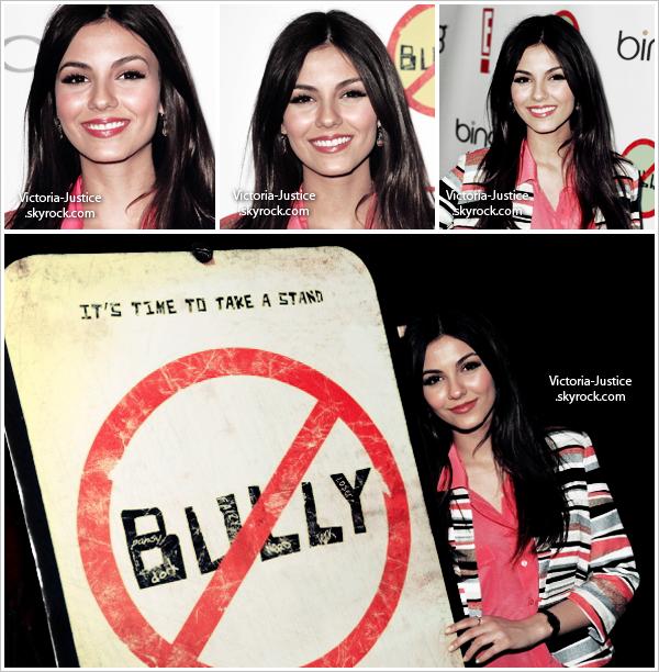 26/3/12  Victoria à la première de Bully au Mann Chinese à Los Angeles, Californie.