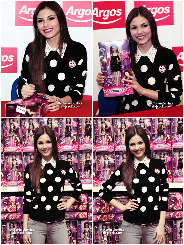 23/09/12   Victoria fait une séance d'autographes pour ses fans au magazin Agros, à Londres, en Angleterre.