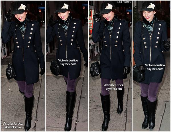 6/02/13   Victoria a été aperçue se baladant à New York City. + Couverture de Bliss Magazine de Mars 2013.