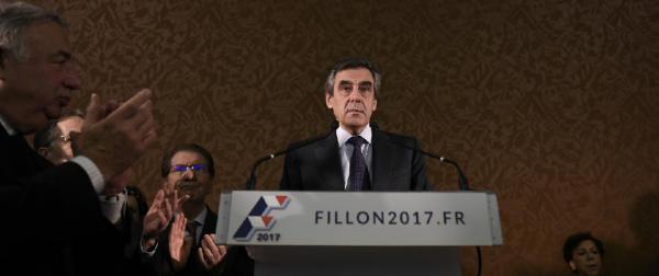 LA GUERRE DES FILLES D'ÈVE CONTRE LE DIEU CRÉATEUR !!!