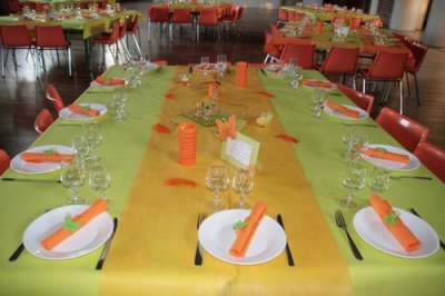 decoration de table orange et vert