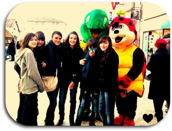 »  L'amitié ne se compte pas au nombre d'années, mais aux moments partagés. ♥