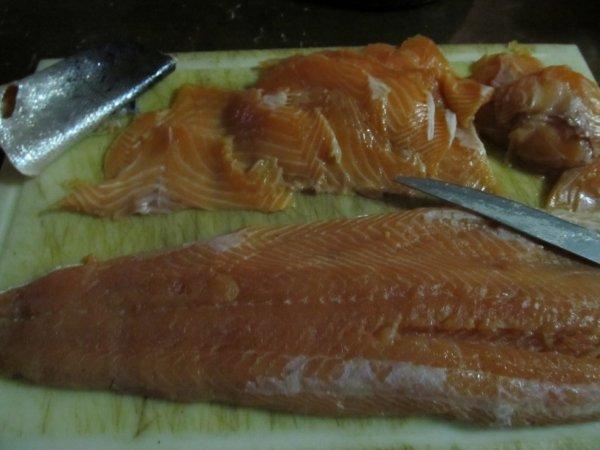Saumon Gravlax (saumon fumé maison sans fumoir) super recette merci Gravlax