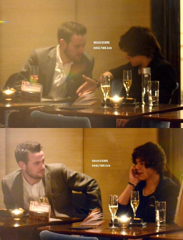 ++  23 février.   Les garçons sont en répétition + Zayn et Liam revenant du shopping + Harry Style's a été vu à l'Hôtel Westbury prenant un verre avec des amis après avoir assisté à un dîner au même endroit   +
