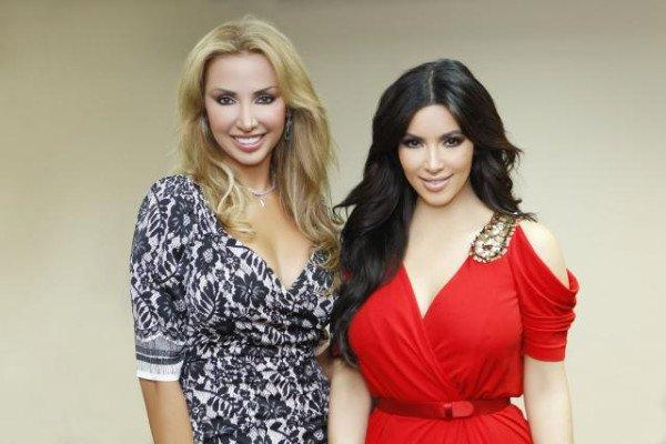 Twitter Joelle et Kim lors de son passage a Dubai