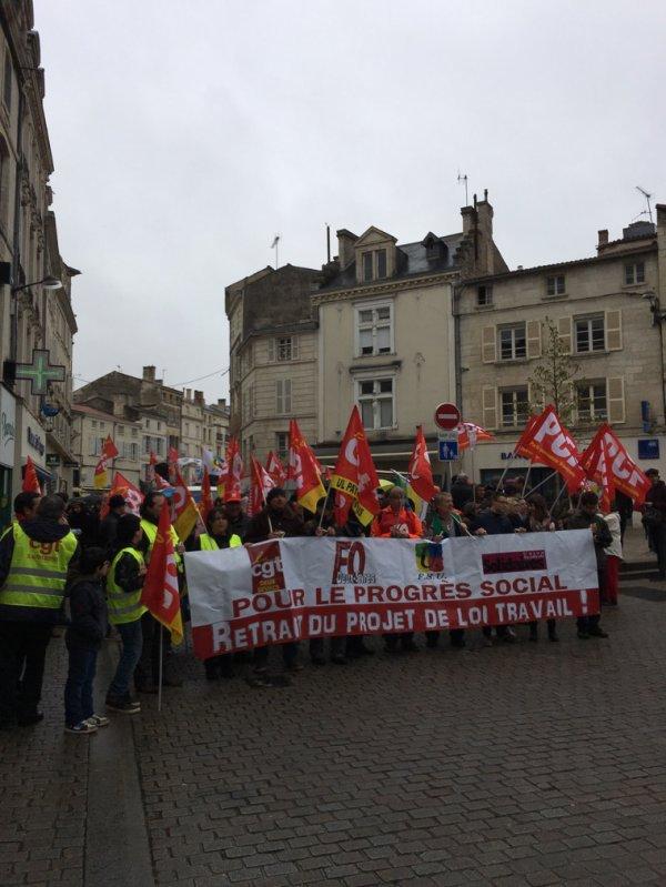 Manifestation contre la loi travail Niort le 09/04/16