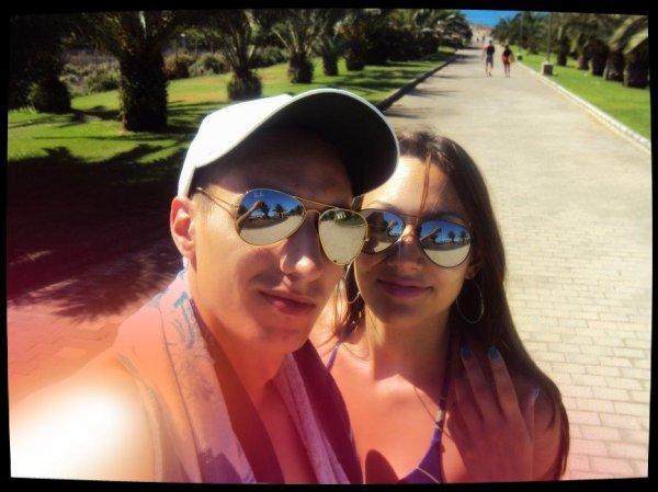 (l) Iles Canaries (Las Palmas) avec mon homme [4.09.11 / 11.09.11], ce fut tellement beau, magique, paradisiaque.. juste un reve de realise. Mon coeur deborde d'amour, de joie et de fierte et ça c'est uniquement grace a lui <3 :D (l)