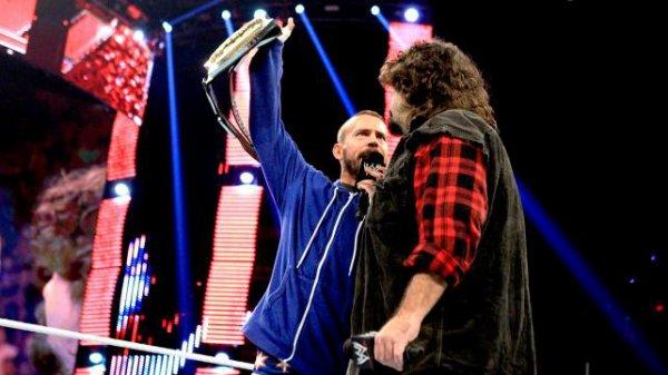 CM Punk pourrait affronter une légende