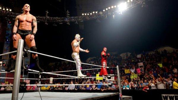 WWE Main Event  21/10/2012