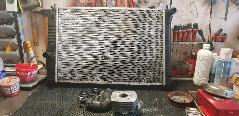 Nouveau radiateur pour la Conti