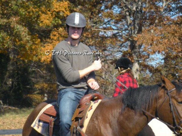 Mister Lafferty sur son beau cheval... marron